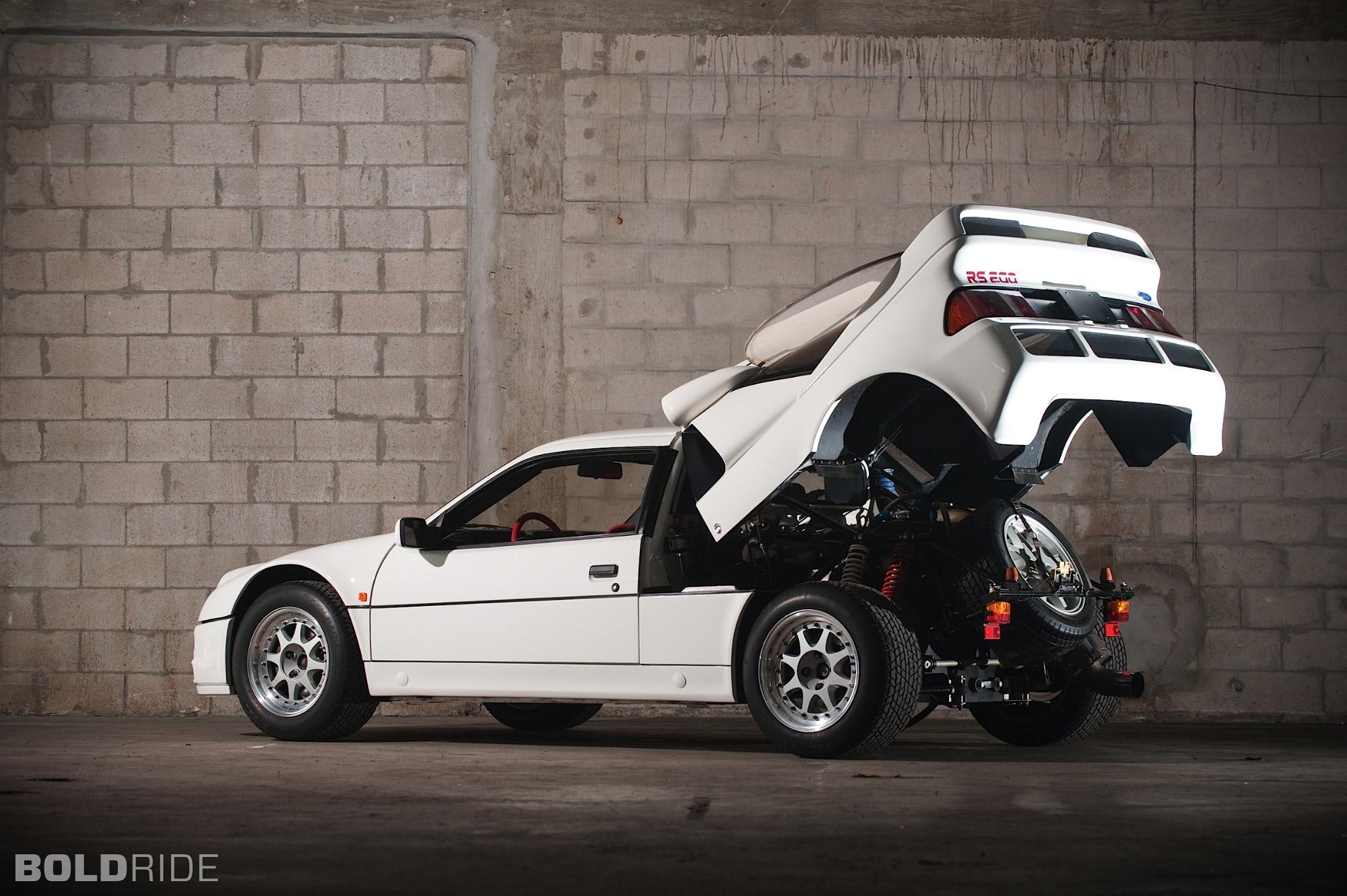 ford-rs200-evolution.2000x1331.Jan-04-2012_21.28.34.206026