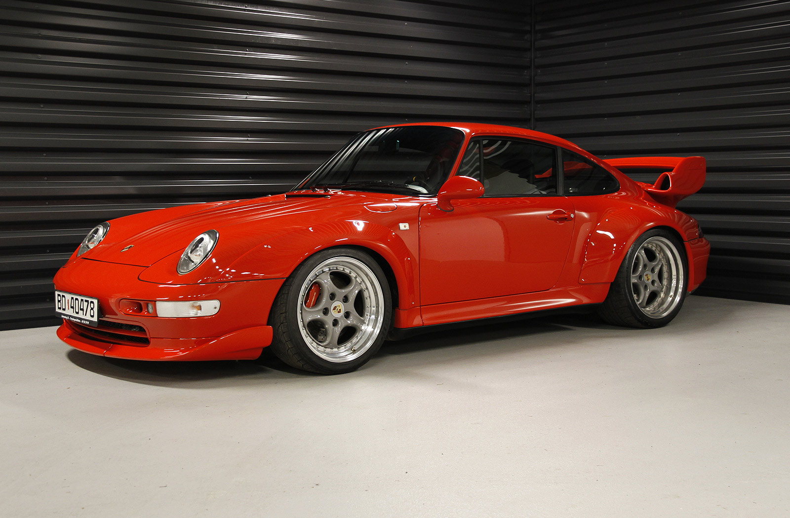 1996_Porsche_911_993_GT2_-_Flickr_-_The_Car_Spy_(4)