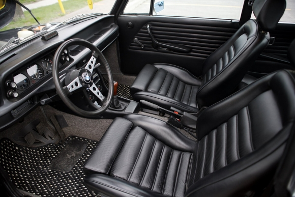 1973_BMW_2002tii_For_Sale_Schwartz_Black_Interior_resize