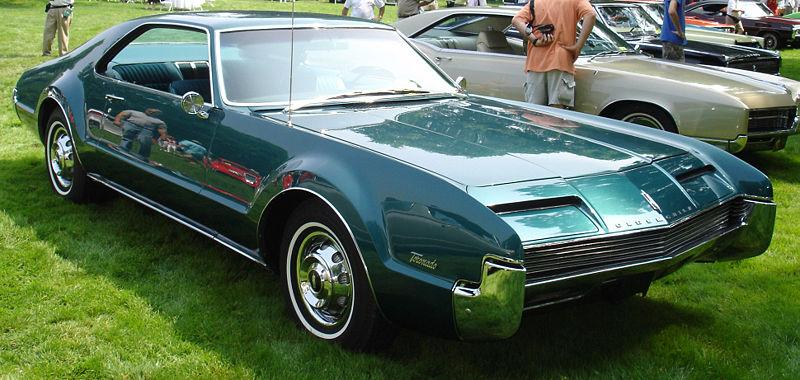 1966_oldsmobile_toronado-pic-5947