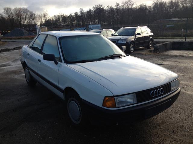 Audi__80_White