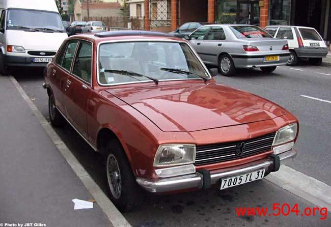 FR_1976-Peugeot-504-TI-01