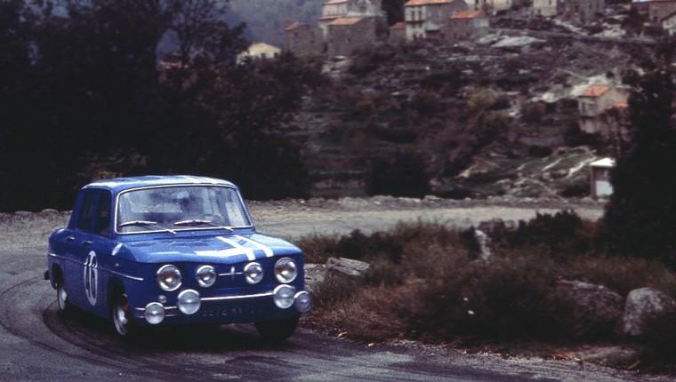 Renault_8_gordini_02
