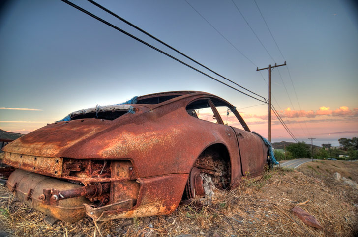 Burnt-Porsche-911-3