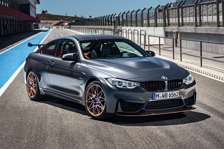 2016-BMW-M4-GTS-images-1900x1200-wallpaper-38